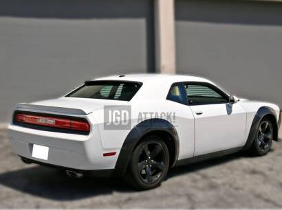 IK Style Rear Roof Spoiler (CHALLENGER 08-19 All)